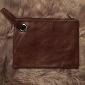 WOMANS CLUTCH BAG WITH SIDE CLUTCH HANDEL